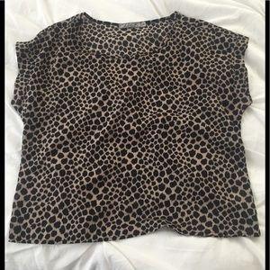 Chloe K short sleeve leopard top